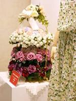 玉川タカシマヤ開店40周年「TAMAGAWAローズフェスティバル」に展示